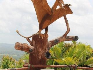 statue-by-cahal-pech-resort-hotel-pool-jpg