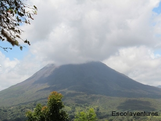 clouds-over-arenal-volcano
